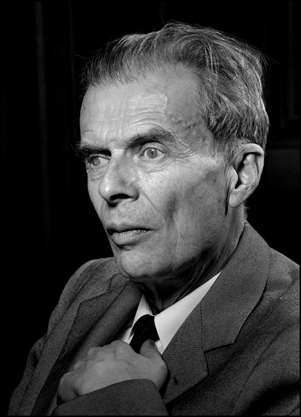 aldous huxley 1958 essay Aldous leonard huxley (/ 1958 collected essays 1958 brave new world revisited 1960 on art and artists 1963 literature and science.