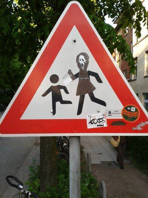Scream_Crossing